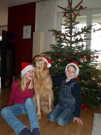 Paula mit Charlotte und Justus Weihnachten 2012